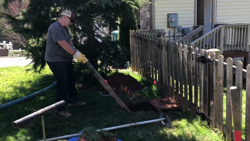 Pumping a septic tank/filter cleaning